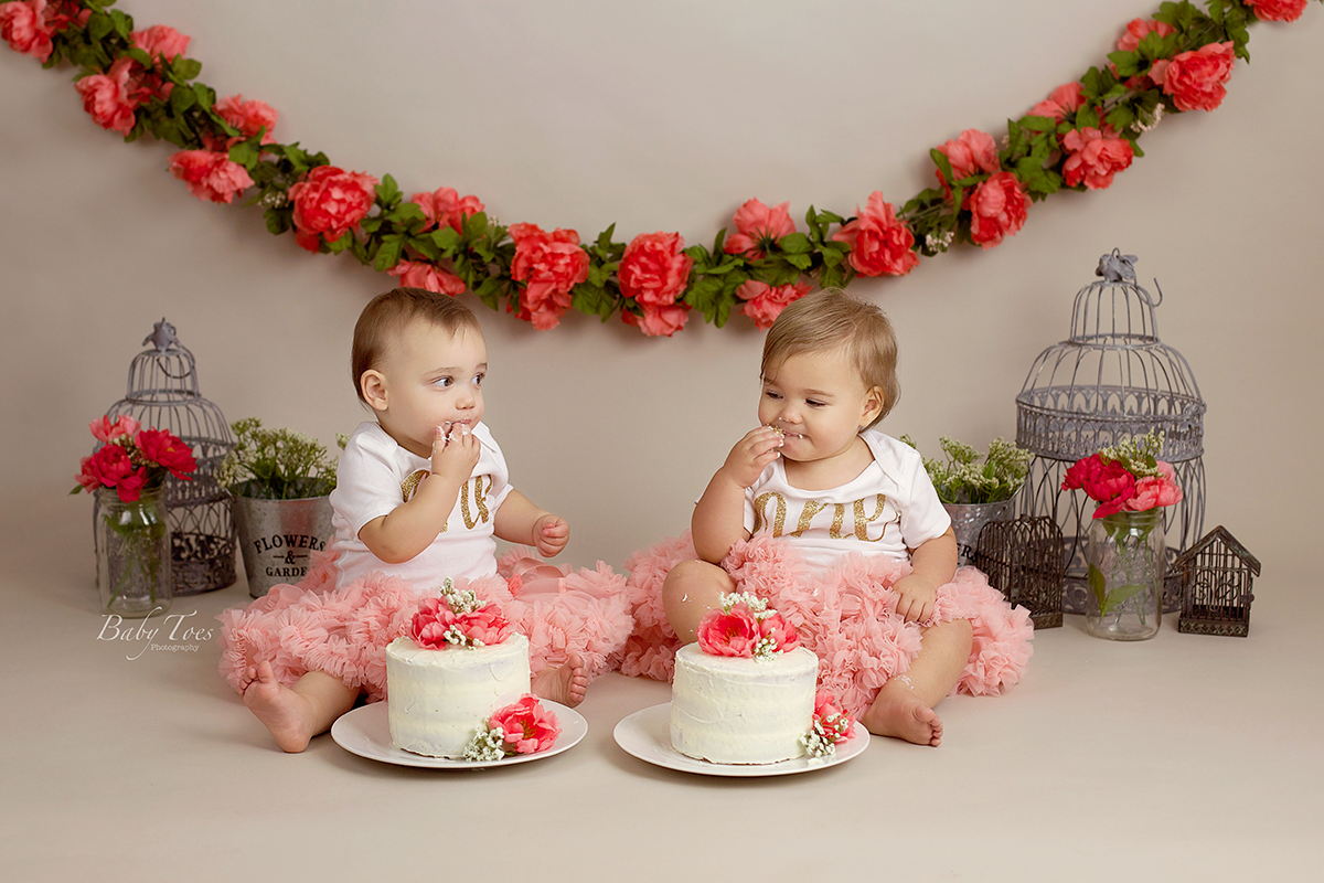 Awe Inspiring Cake Smash Archives Baby Toes Photography Personalised Birthday Cards Beptaeletsinfo
